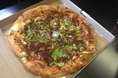 Où se trouve la meilleure pizza livrée à Beauport?