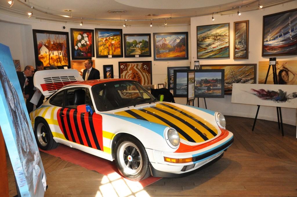 Une Porsche aux couleurs du peintre Barbeau