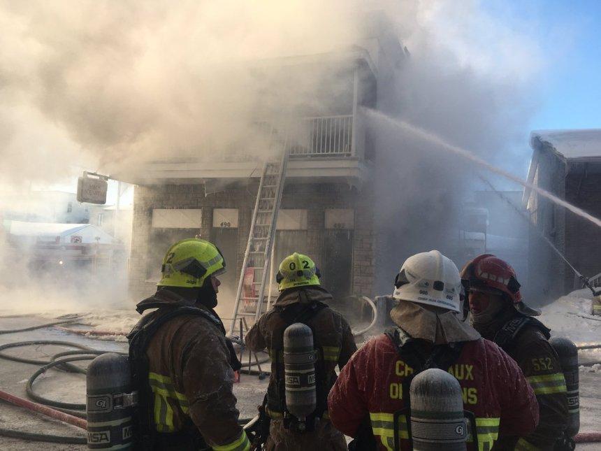 Un violent incendie éclate dans un immeuble de Montmorency
