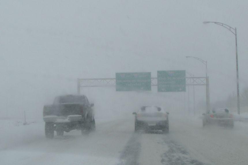 Conditions routières difficiles en raison de la tempête