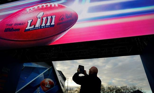 Les Patriots remportent le 53e Super Bowl en battant les Rams 13-3
