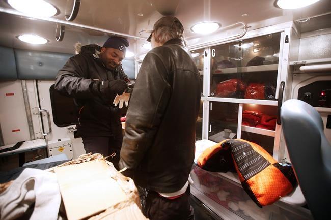 Froid intense: des gens militent à Winnipeg pour un refuge 24 heures sur 24