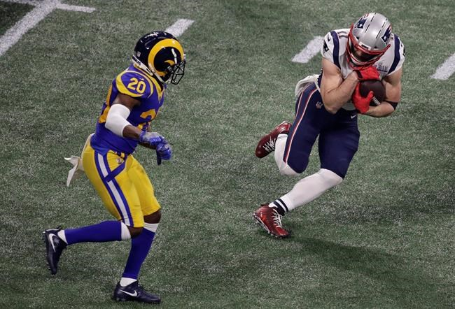 Julian Edelman des Patriots est nommé le joueur le plus utile du Super Bowl