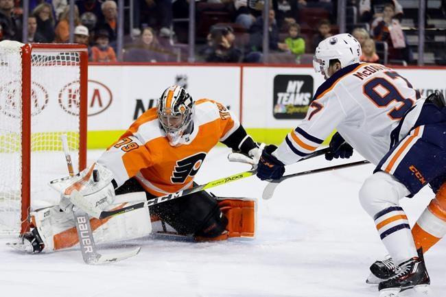 Patrick joue les héros et les Flyers battent les Oilers 5-4 en prolongation