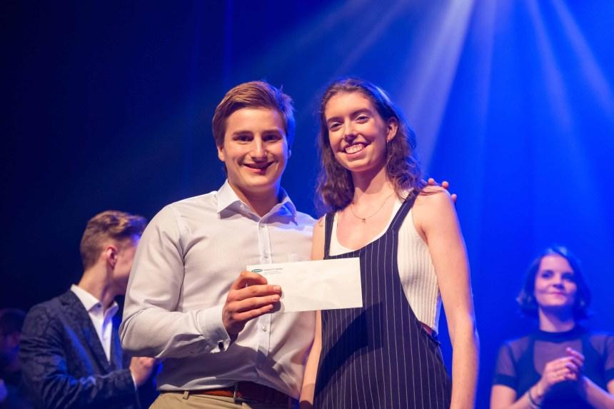 Cassandra Dion remporte Cégeps en spectacle à Garneau