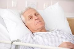 Petits Frères de Québec – De plus en plus d'aînés meurent seuls