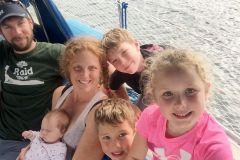 Mylène Martel raconte 1 an à voile en famille