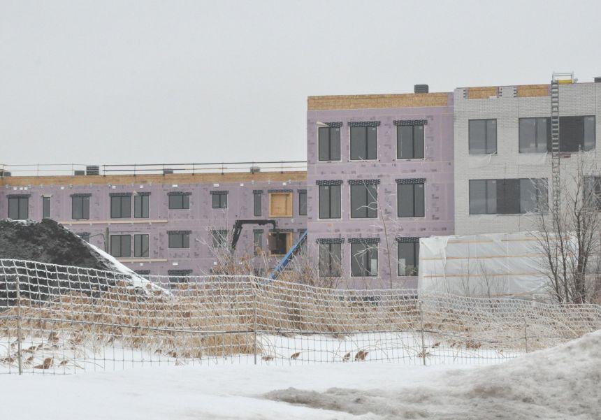Baisse des mises en chantier d'habitations au pays en février