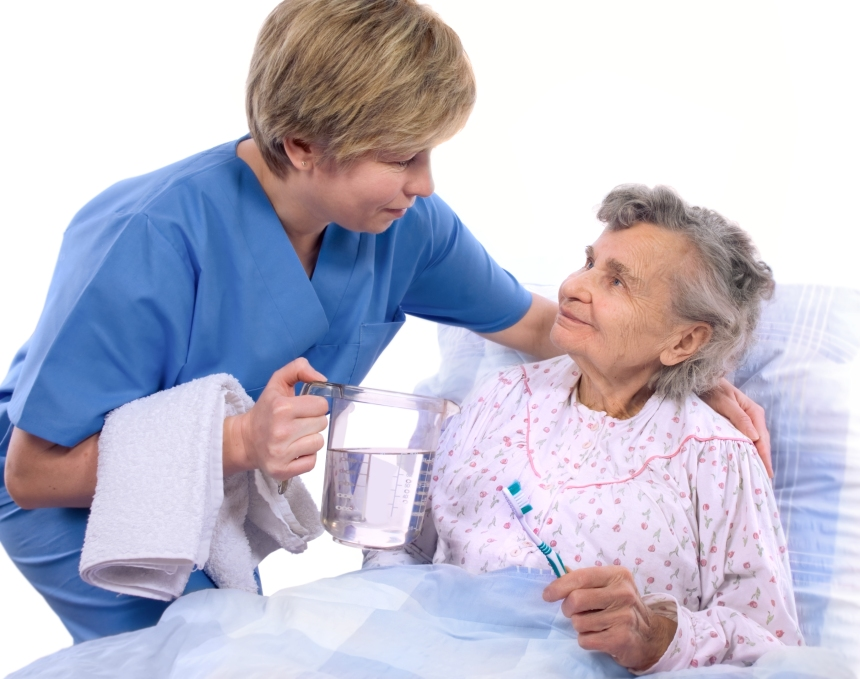 Des soins buccodentaires pour les aînés en CHSLD