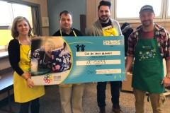 Charlesbourg Toyota a remis 12 053$ au Club des petits déjeuners