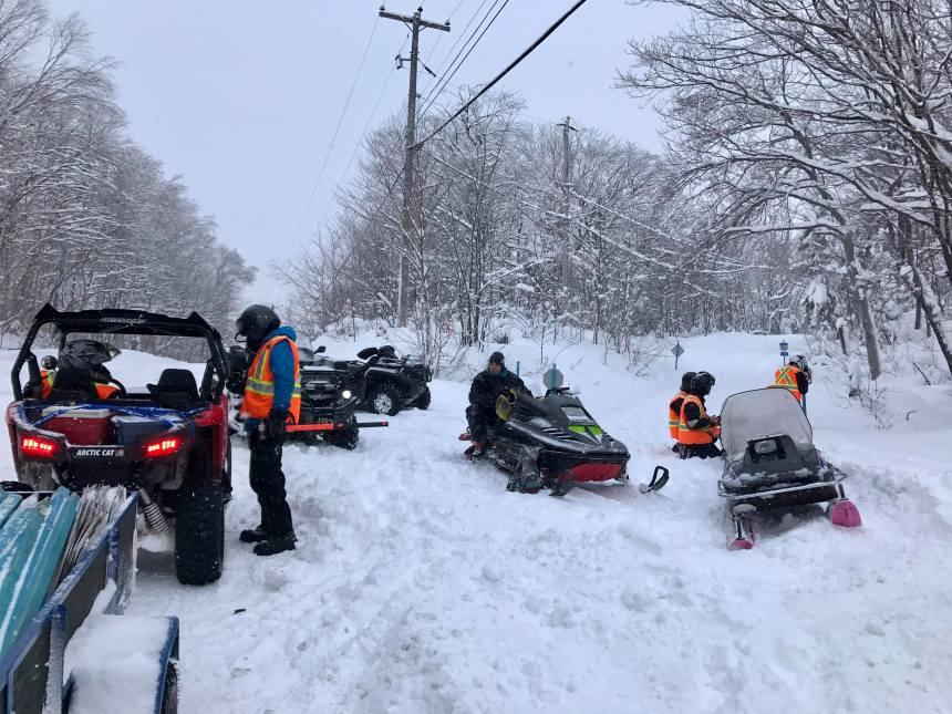 Motoneige et VTT – Québec soutien le tourisme hivernal