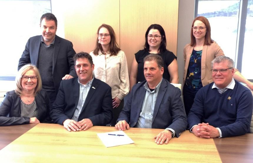 Sainte-Brigitte-de-Laval: nouvelle convention collective entre les cols blancs et la Ville