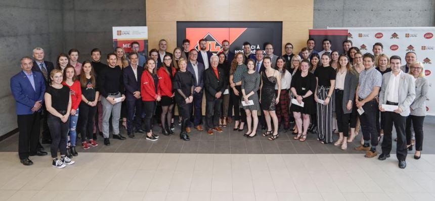 Bourses d'excellence Rouge et Or: quarante-huit étudiants-athlètes récompensés