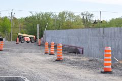 Garage municipal de La Haute-Saint-Charles – Reprise des travaux suspendus depuis l'automne dernier