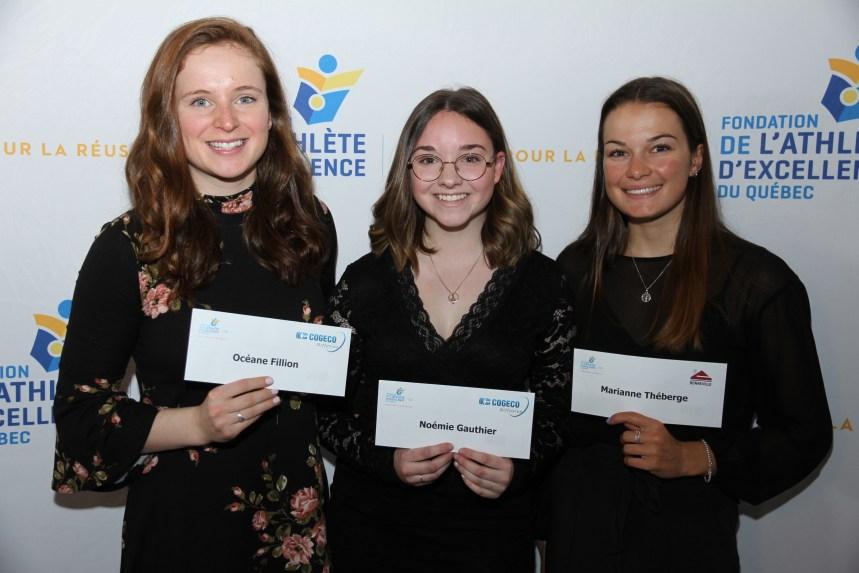 Remise de bourses à deux étudiantes-athlètes du Cégep de Sainte-Foy