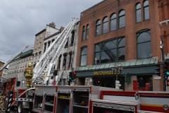 5e alarme dans le Vieux-Québec – Un édifice centenaire ravagé par les flammes