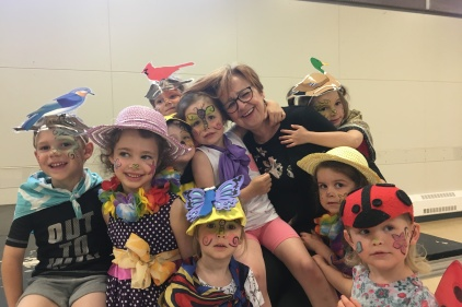 L'Atelier des bambins ferme ses portes: un dernier colleux pour madame Jocelyne