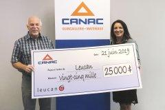 Canac remet 25000$ à Leucan