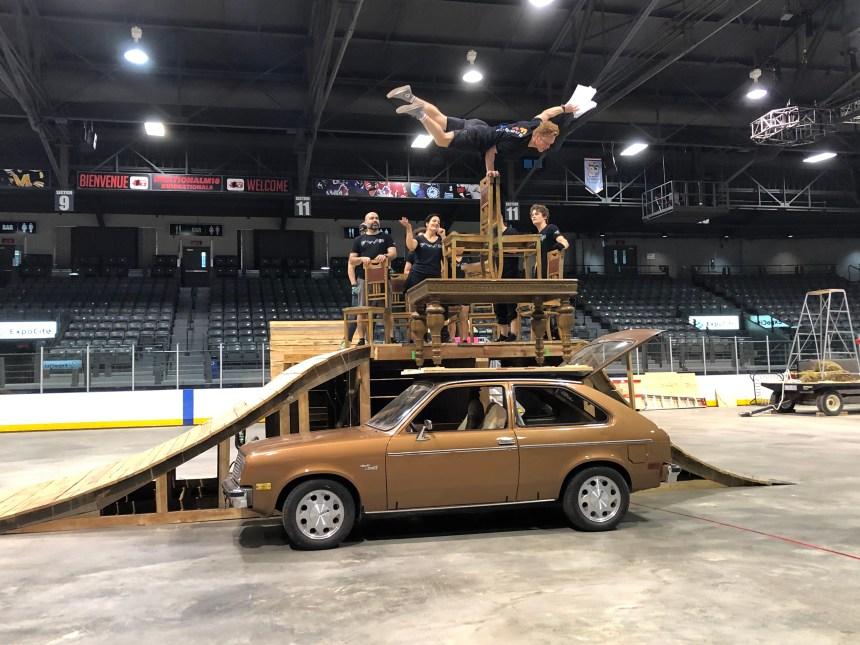Féria l'attraction: du cirque estival inspiré des parcs d'attraction