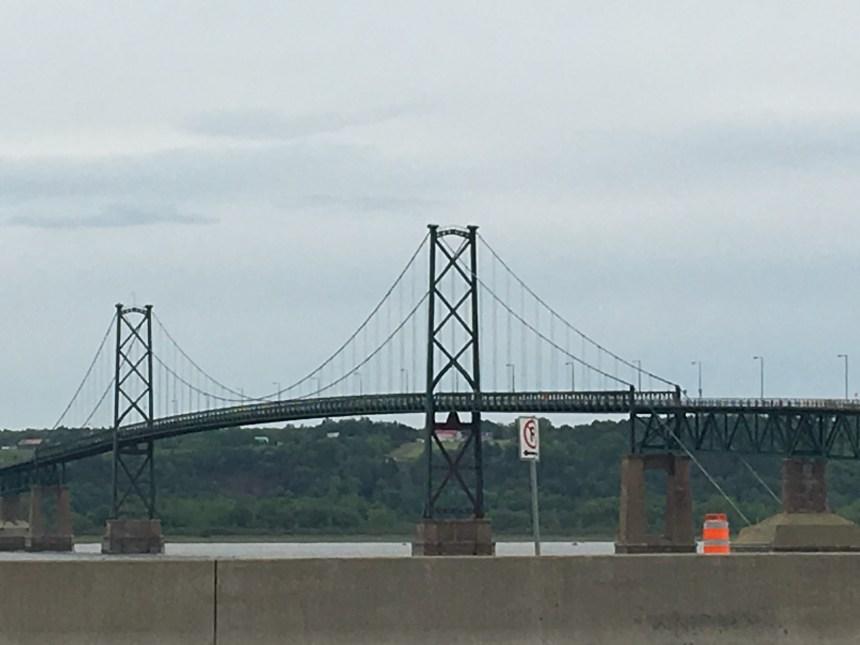 Un Tunnel Québec-Lévis et un nouveau pont pour l'île d'Orléans