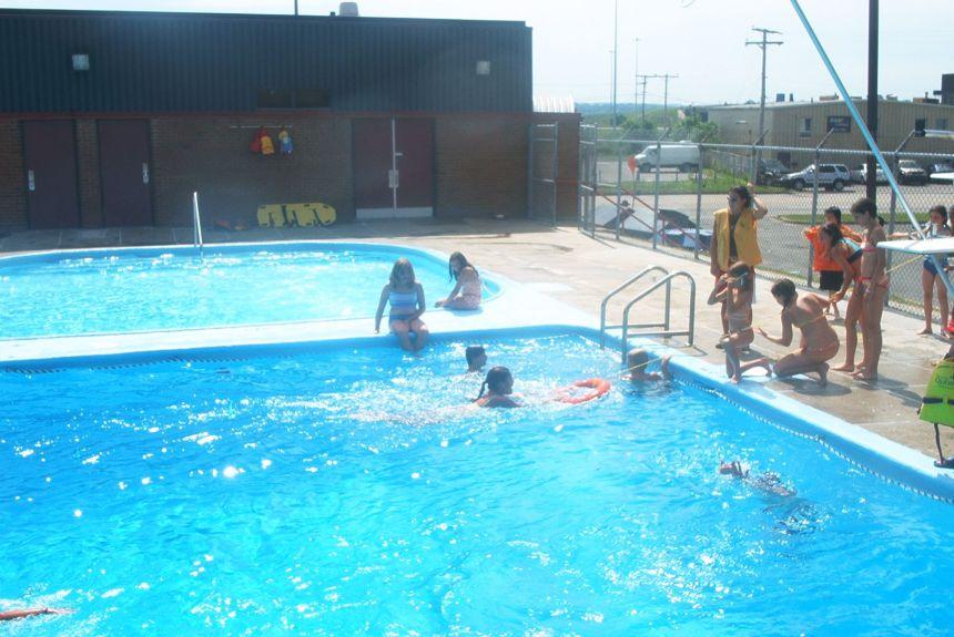 Service exceptionnel à la piscine Montmorency