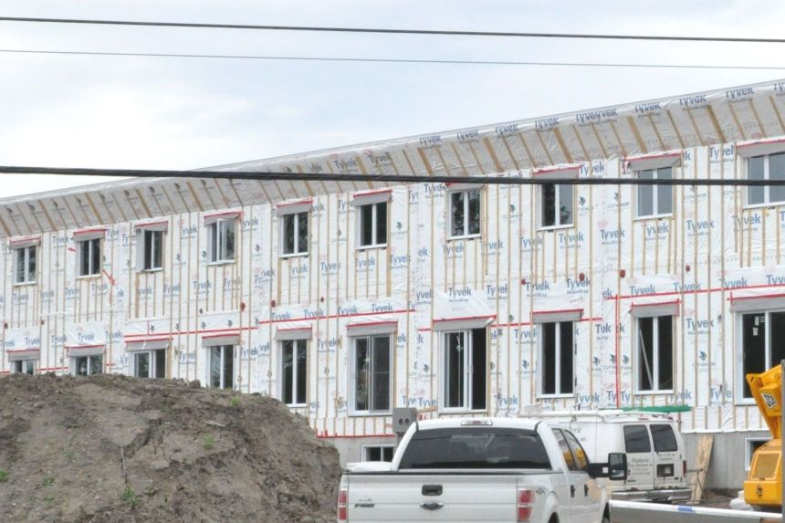 Les mises en chantier d'habitations ont évolué à la hausse en juin au pays