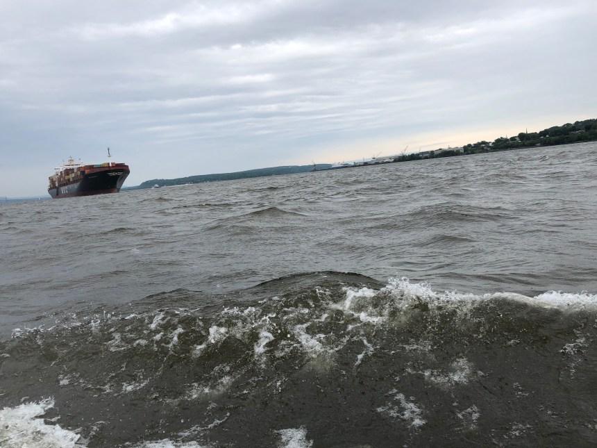 Bateau: J'ai testé la nouvelle technologie anti-roulis, le Seakeeper