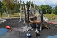 Parc de la Chaumière –  Incendie criminel confirmé à un module de jeu