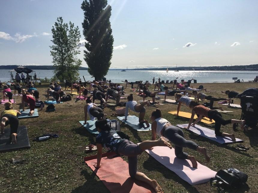 Soleil, plage et yoga pour un Baiefest réussi