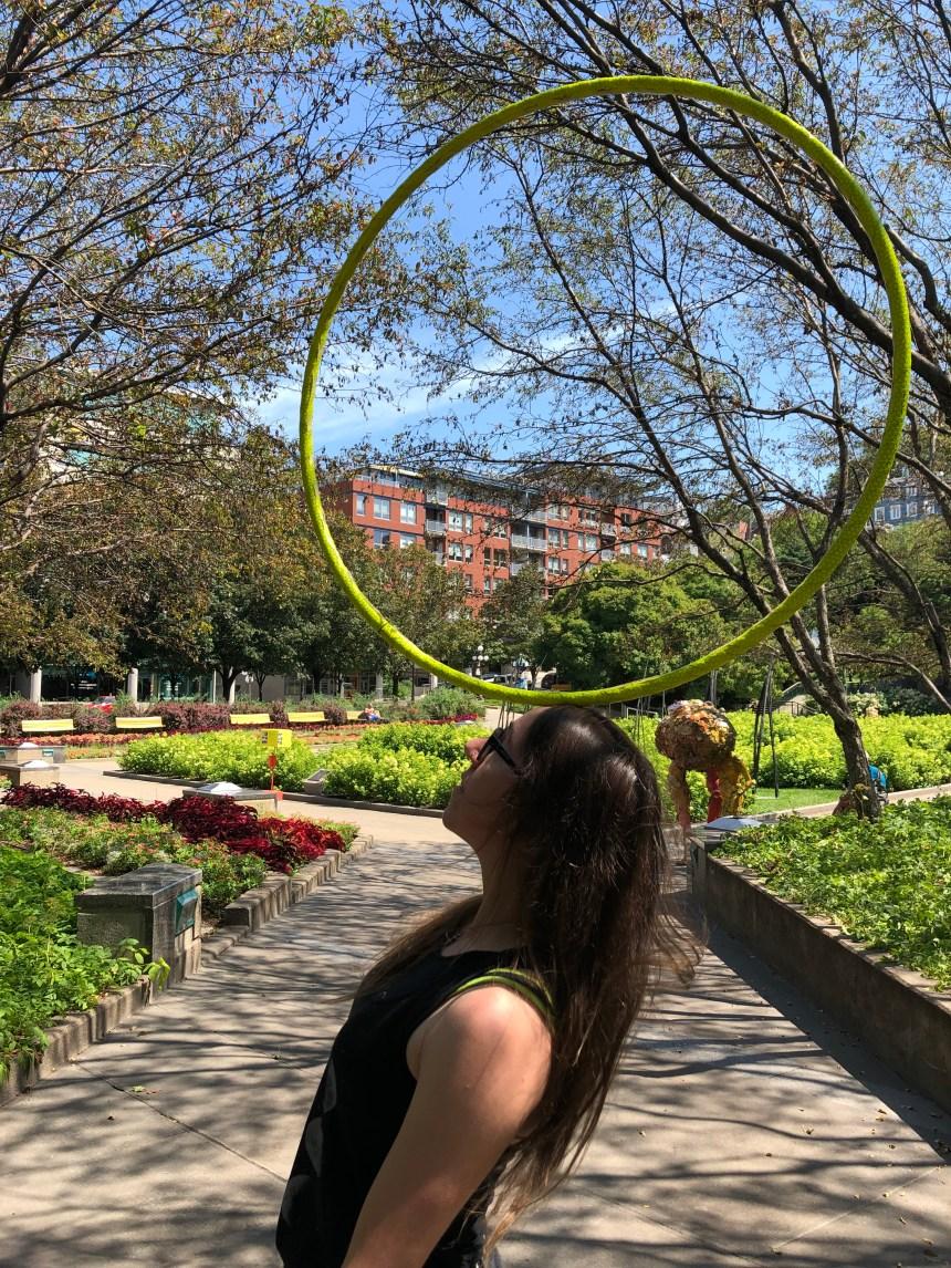 Garder son cœur d'enfant avec le Hula-Hoop