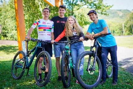 C'est parti pour les Championnats du monde de vélo de montagne