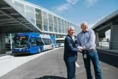 Des bus pour aller et revenir de l'aéroport de Québec