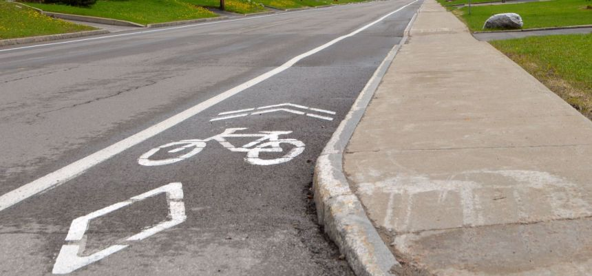 Nouvelles bandes cyclables sur la 60e Rue Est et la 10e Avenue Est