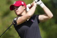 La golfeuse Anne-Catherine Tanguay prend une pause