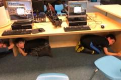 Les enfants apprennent à réagir en cas de séisme