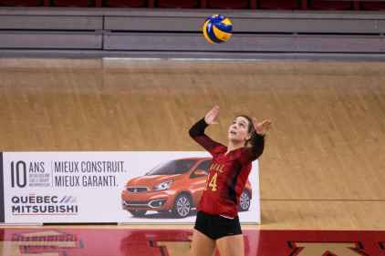 Volleyball féminin – Victoire du Rouge et Or contre Ottawa