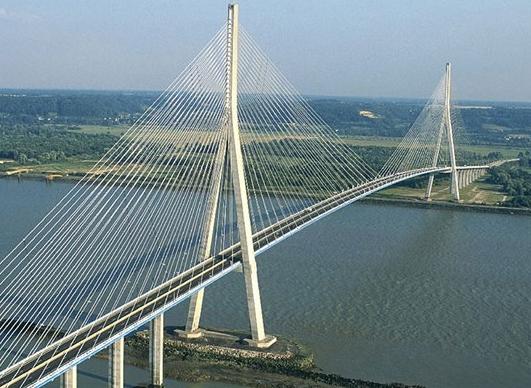 Pont de l'ile d'Orléans: Un projet de loi pour en accélérer la construction