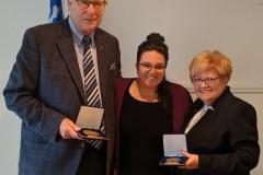 Deux citoyens reçoivent la médaille de l'Assemblée nationale