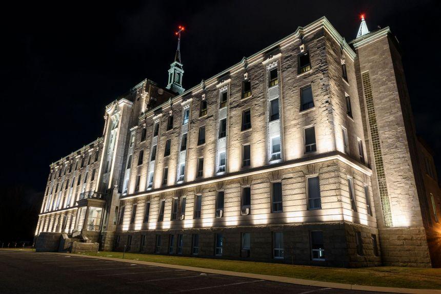 Fin de 50e lumineux pour le Collège Champigny
