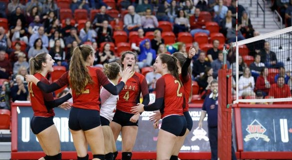 Volleyball féminin – Le Rouge et Or l'emporte contre Sherbrooke