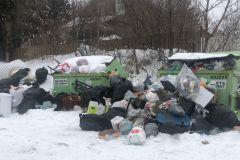 Collecte des ordures ménagères – Des conteneurs débordent à Loretteville