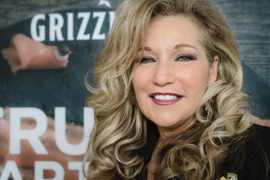 Laura Boivin la femme derrière le succès du Fumoir Grizzly