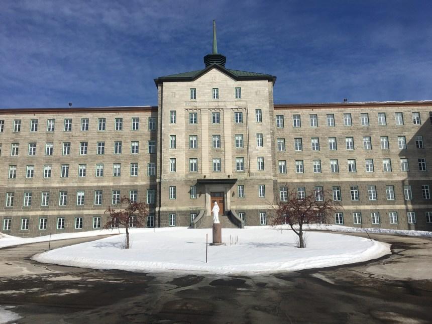 Projet résidentiel au couvent des Sœurs Servantes du Saint-Cœur-de-Marie: le projet en consultation publique