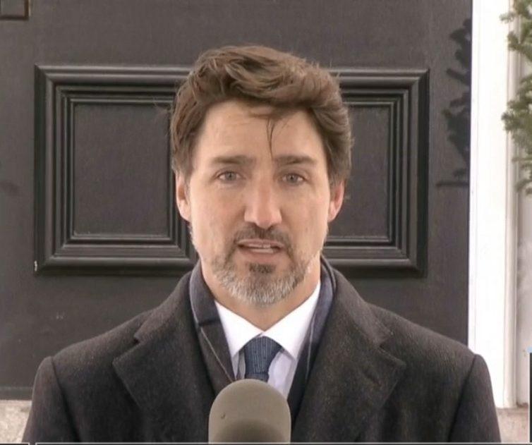 COVID-19: Trudeau convoque le parlement pour adopter les mesures annoncées
