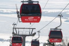 MISE À JOUR – Deuxième arrêt d'urgence des télécabines au Mont-Sainte-Anne