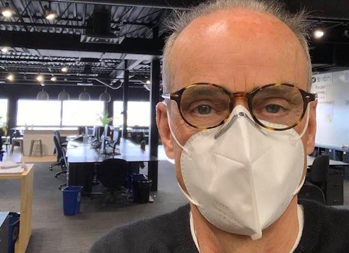 Louis Garneau coincé avec 50000 masques