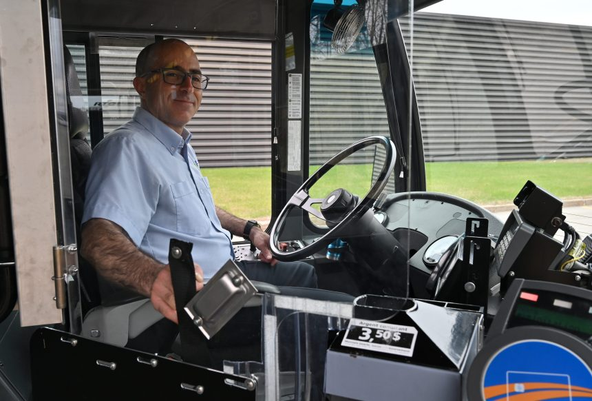 RTC: Retour graduel de la montée des autobus par la porte avant