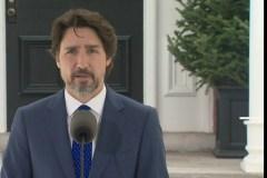 Les travailleurs essentiels seront mieux payés, annonce Trudeau