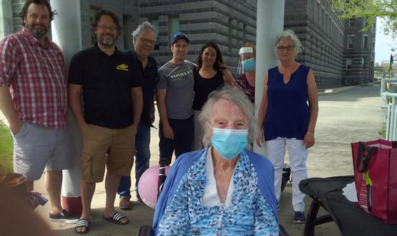 Une centenaire fête ses 102 ans au CHSLD de Saint-Augustin
