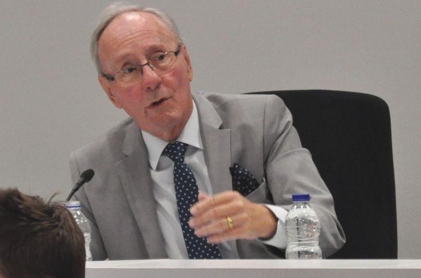 Hommage au maire Loranger repoussé à 2021